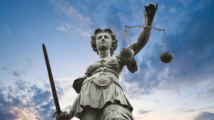 Waarom grijpt justitie niet altijd in bij staking?
